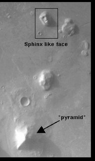 Another photo of The face on Mars and Pyramids