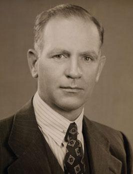 Photo of Gordon Gray